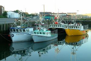 800px-YarmouthNS_FishingBoats
