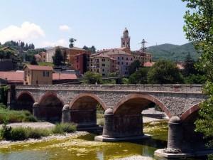 1280px-Busalla-panorama_e_ponte2