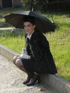 A Rossiglione sale un'affascinante e giovane fanciulla