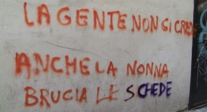 329551_scritta-muro-pro-astensionismo1