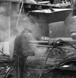 operaio-4-demolisce
