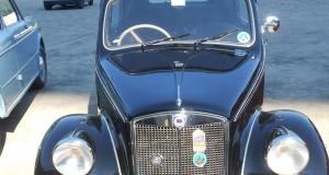 Le auto d'epoca sono andate in scena a Mele