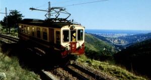 Il Trenino di Casella, il collegamento tra la città e il cielo