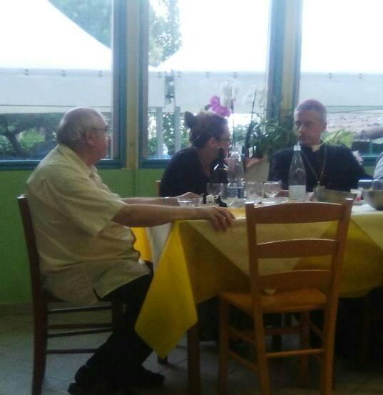 La Cena conviviale con la comunità di Torre Garofoli