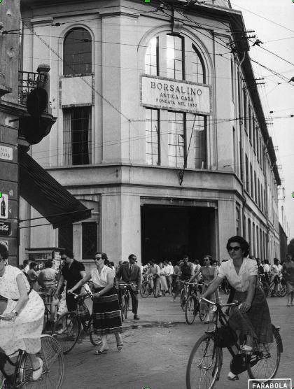 Museo dei campionissimi i cappelli Borsalino in mostra a Storie di bici