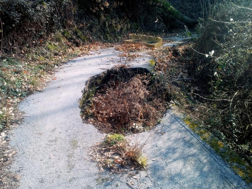 Val Verde, una strada inagibile da tre anni e mezzo