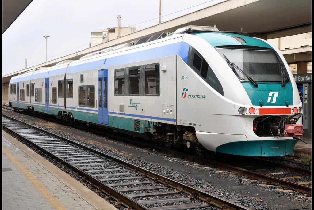 Treni, domenica disagi per i pendolari