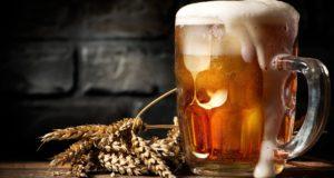 Birra, giro d'affari di 6 miliardi l'anno per bar e ristoranti