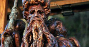 """Campo Ligure, """"Fra legno e pietra"""", in mostra le sculture di Gianfranco Timossi"""