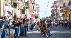 Giro d'Italia: Chaves e Yates, doppietta sull'Etna