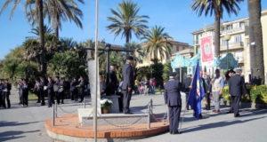 Varazze, rubata la bandiera del Monumenti ai Caduti del Mare