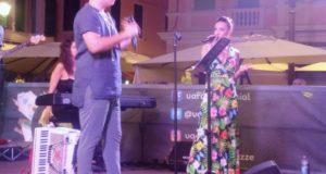 Varazze, grande successo per il concerto del tenore Davide Pastorino