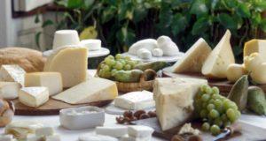 I sedici formaggi migliori d'Italia